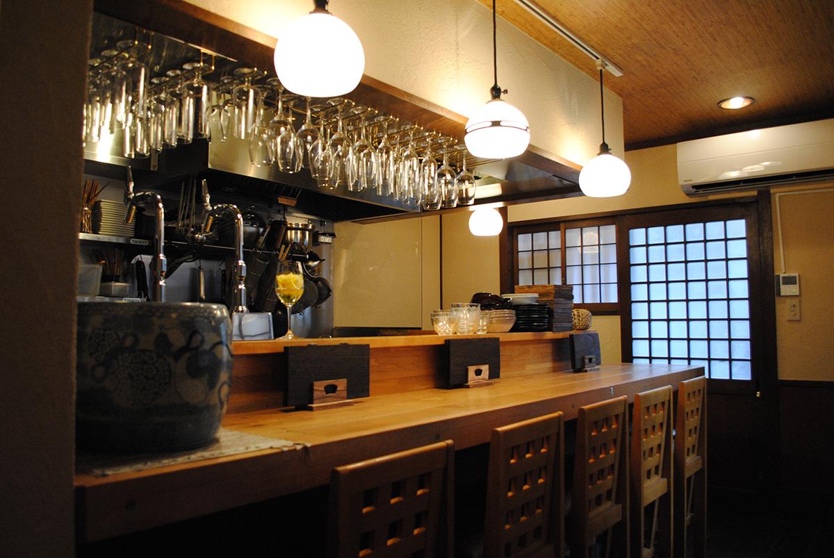 中野駅南口の日本ワインバー ワイン蔵BANKAN(バンカン)